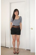 blue Sparkle & Fade top - black Silence  Noise shorts - brown Random from UO bel