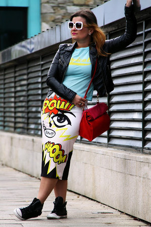 Topshop skirt - H&M jacket - Zara bag - D&G sunglasses - River Island sneakers