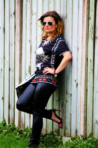 maison martin margiela bag - River Island heels - Zara t-shirt