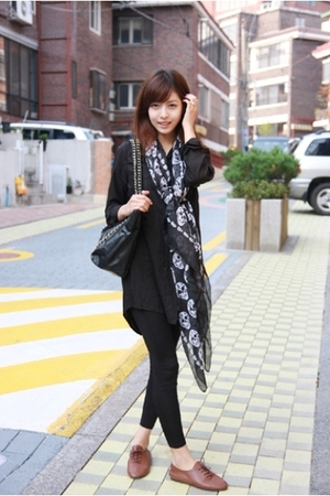 blouse - scarf - shoes - leggings