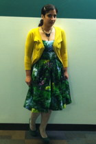 green cotton Bernie Dexter dress - yellow cotton Mak cardigan