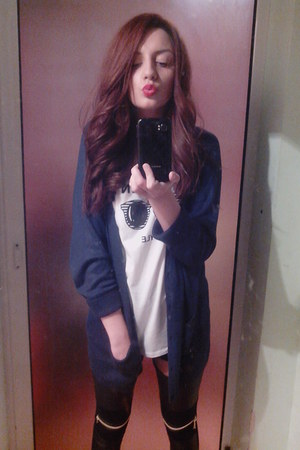 H&ampM leggings - H&ampM blazer - Pull &amp Bear blouse
