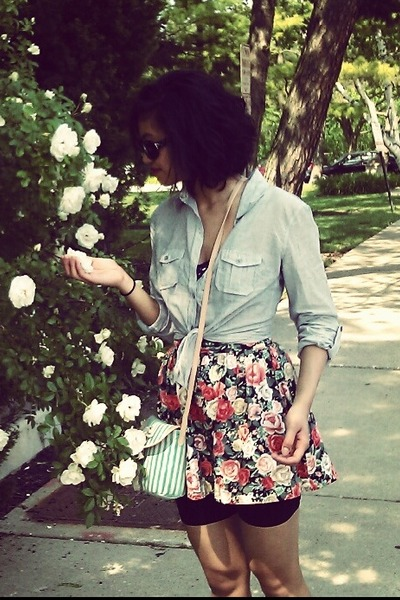 H&M skirt - hollister top - Forever 21 top