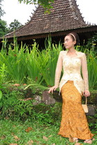 gold By Sugeng Wahono top - brown By Sugeng Wahono skirt - brown fLadeo shoes -