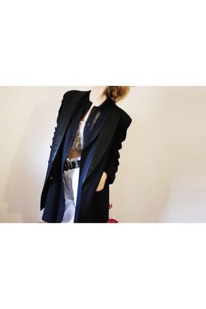 black vintage blazer - nude DIY top - navy Vintage Gap vest - white vintage pant