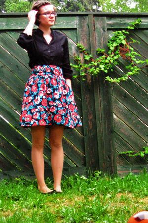 black KappAhl shirt - black H&M skirt - black Indiska shoes - black Kontio shoes