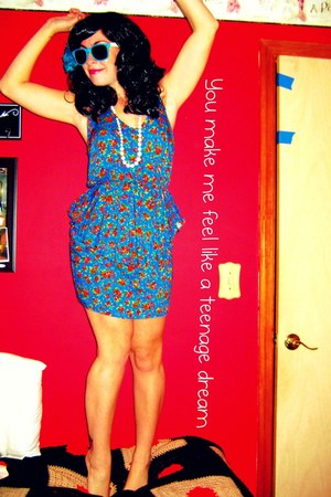 DIY necklace - TJ Maxx dress - diy tattoo accessories