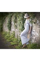 suede Reiss boots - jersey maxi Reiss dress - Reiss hat - floral print Reiss shi