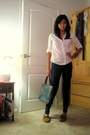 White-shirt-blue-aa-leggings-brown-rite-aid-shoes-black-textier-purse