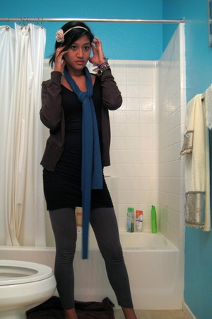 pink accessories - blue scarf - black aa dress - gray leggings - brown H&M jacke