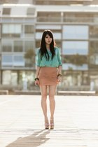 nude wrap bodycon Forcast skirt - aquamarine mink blouse