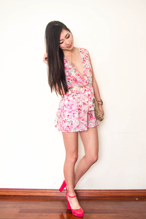 bubble gum floral Koogal romper