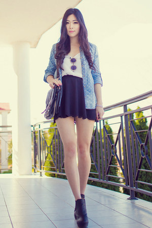 black Yesstyle skirt