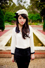 Black-lace-imprint-shorts-ivory-bow-beret-forever-new-hat