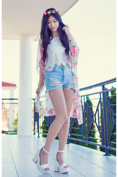 white laser cut WMYU top - bubble gum kimono AX Paris cardigan