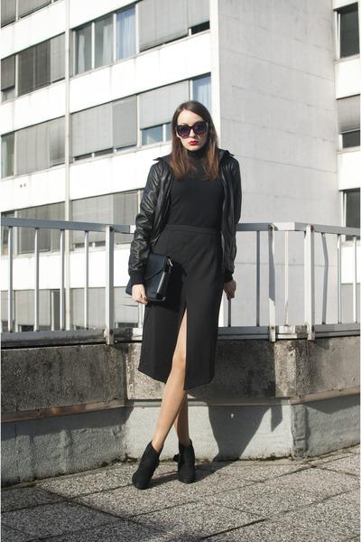 black Funky Shoes boots - black Zara jacket - black OASAP bag