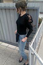 black Zara top - blue H&M jeans