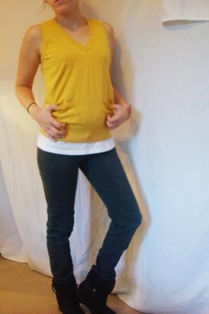 vest - jeans - boots