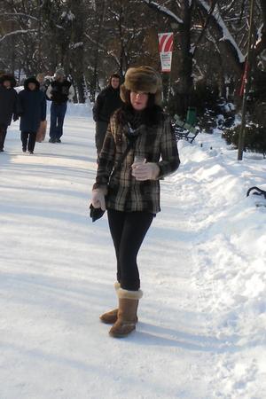 silver hat - gray coat - black leggings - beige boots - beige