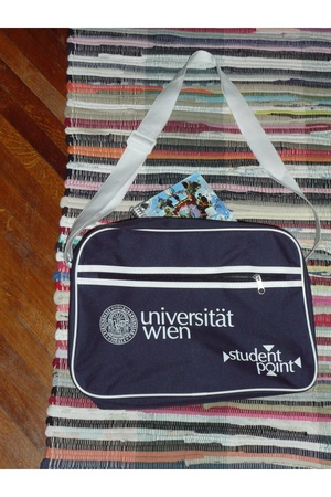 University of Vienna bag purse