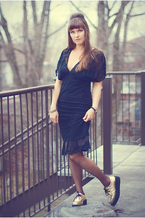 black lace Zara dress