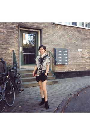 black Zara shorts - black Mango sweatshirt