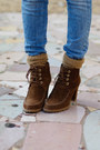 Brown-massimo-dutti-boots-tan-zara-blazer