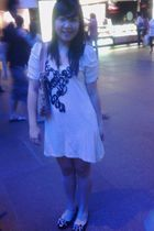beige Dorothy Perkins dress - black Mitju shoes - beige Gucci accessories