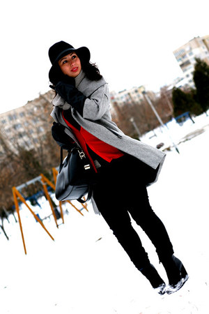 romwe coat - LTB jeans - H&M hat - Givenchy bag