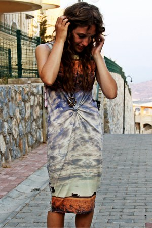 landscape dress - yin yang ring - peace necklace
