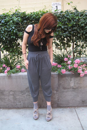 Urban Outfitters top - Urban Outfitters pants - asos socks - f21 shoes