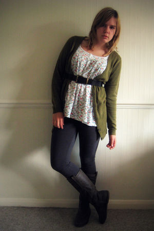 green H&M cardigan - white Primark top - gray H&M leggings - brown new look boot