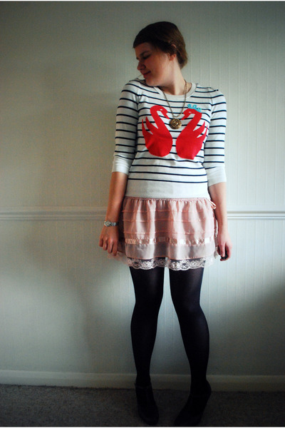 ivory Topshop sweater - dark brown Primark heels - pink H&M skirt - bronze Prima