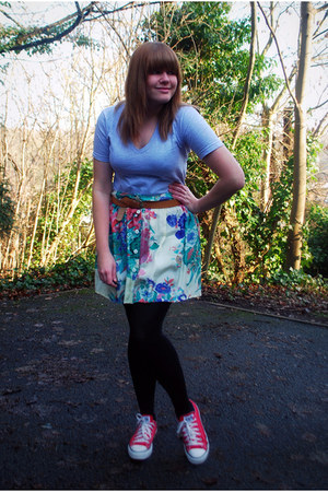 American Apparel t-shirt - floral River Island skirt - Primark belt - Converse s