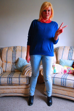 blue American Apparel sweater - red Levis shirt - blue Primark jeans - black H&M