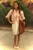 light pink was a gift jacket - dark brown fashion express bag - off white plain