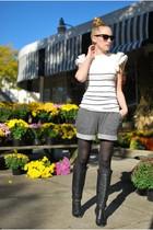 white Urban 1972 top - charcoal gray Urban Outfitters shorts - black aerosoles b