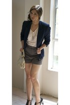 navy vintage blazer - nude vintage nine west bag - light brown fletcher by lyell