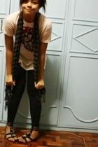 shirt - scarf - leggings - shoes