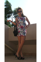 white floral print dress - gray sunglasses - black heels