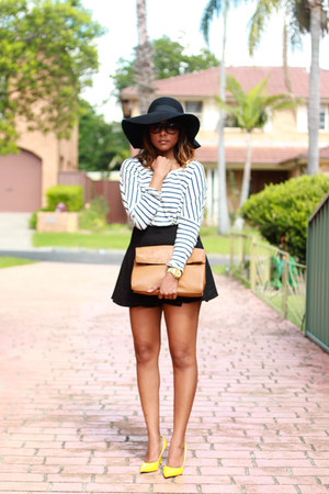 blue striped County Road top - black floppy asos hat - tan messenger Zara bag