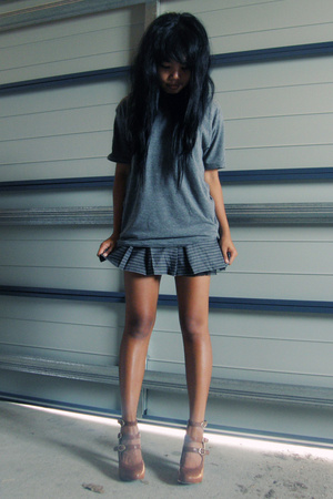 gray  skirt - brown Mollini shoes - gray cotton on shirt