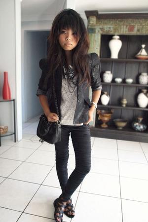 Cue blazer - Oroton accessories - Sass and Bide pants - Sportsgirl shoes