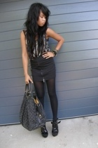 something scarf - Insight skirt - Louis Vuitton purse - Wittner shoes - Sportsgi