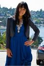 Blue-dress-gray-blazer-black-shoes-silver-necklace