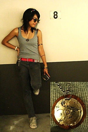 No Boundaries top - Mango jeans - belt - Converse Chuck Taylors shoes - Aldo wal