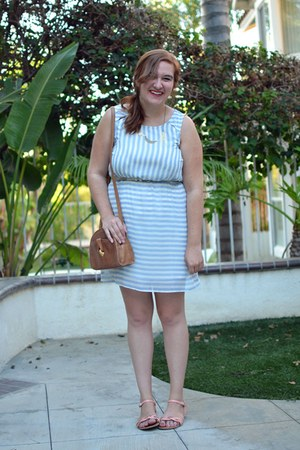 peach modcloth sandals - thrifted purse - Mata Traders necklace