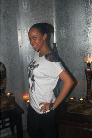 black Forever 21 jeans - white GoJane top - unknown bracelet