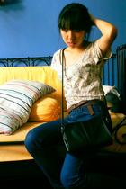 Uniqlo jeans - Gap t-shirt