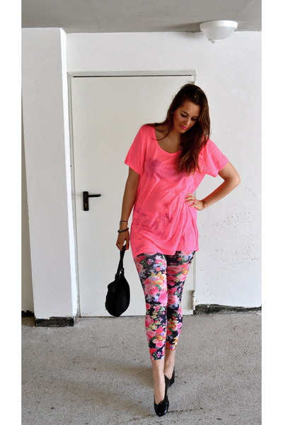 Calzedonia leggings - Fendi bag - H&M t-shirt
